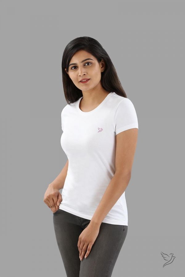 Twinbirds Pearl White Women Slim Fit Signature Tee