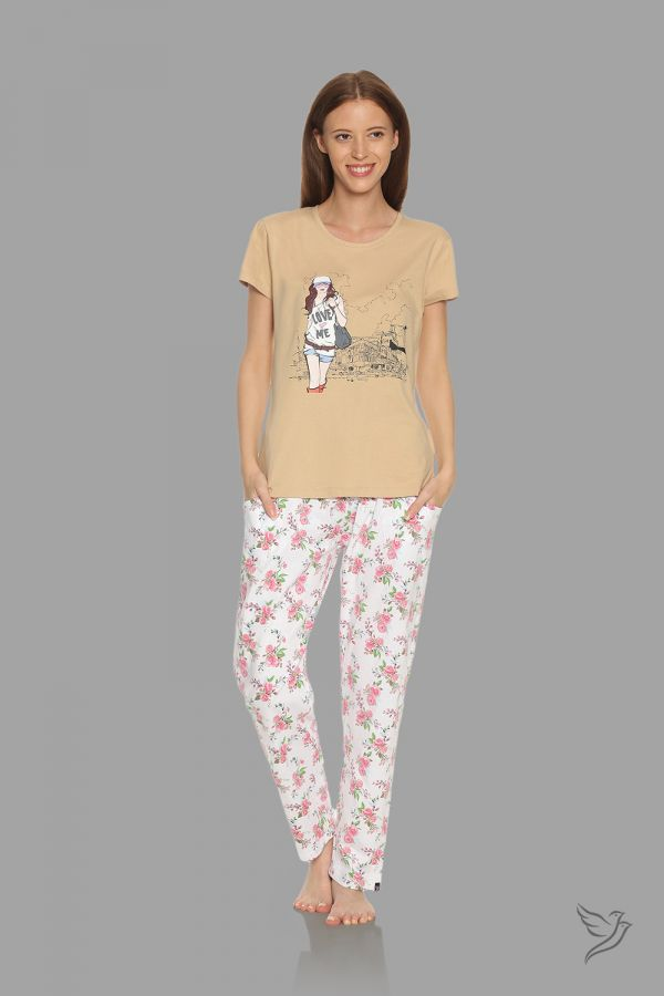 TwinBirds Womens Beige and White Lounge Wear Pyjama Set