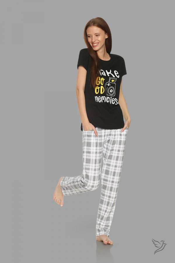 TwinBirds Womens Black and White Lounge Wear Pyjama Set