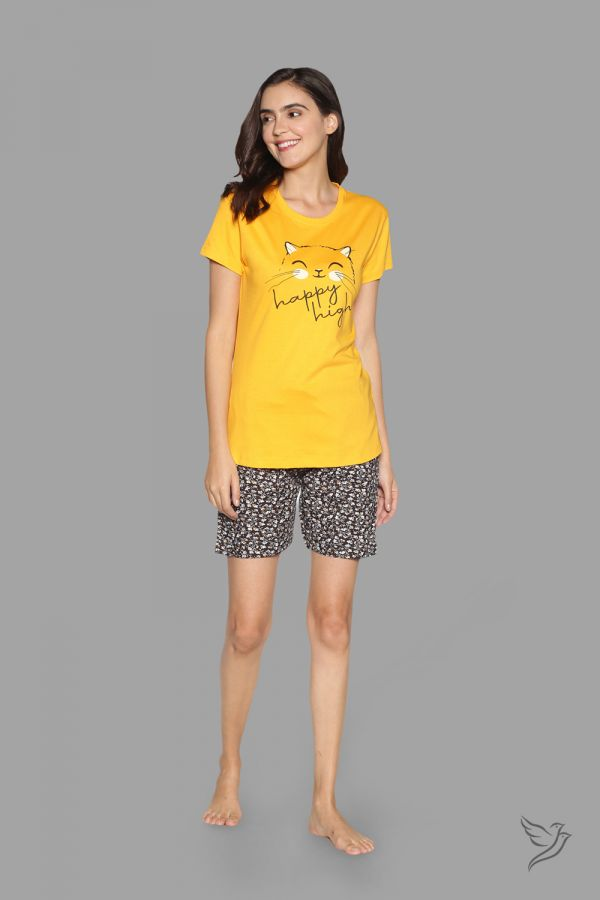 TwinBirds Womens Lounge Wear Yellow and Navy Shorty Set